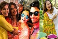 As-Bollywood-takes-a-break-this-year-check-out-pics-from-Holi-parties-of-Celebrities